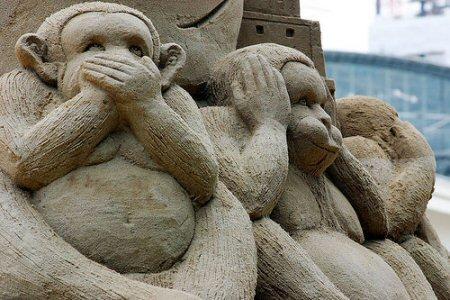 figuras en la arena  Sandsation_monkeys